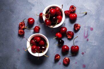 Cherries o ntable